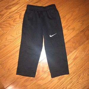 Nike toddler boy's thermal fit pants size 2t